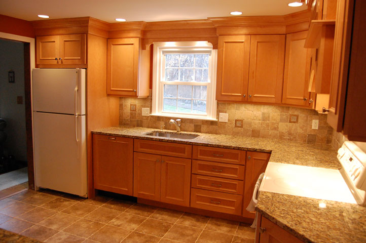 Maple Cabinets -Granite Countertops « Maloney Contracting on Granite Countertops With Maple Cabinets  id=88337