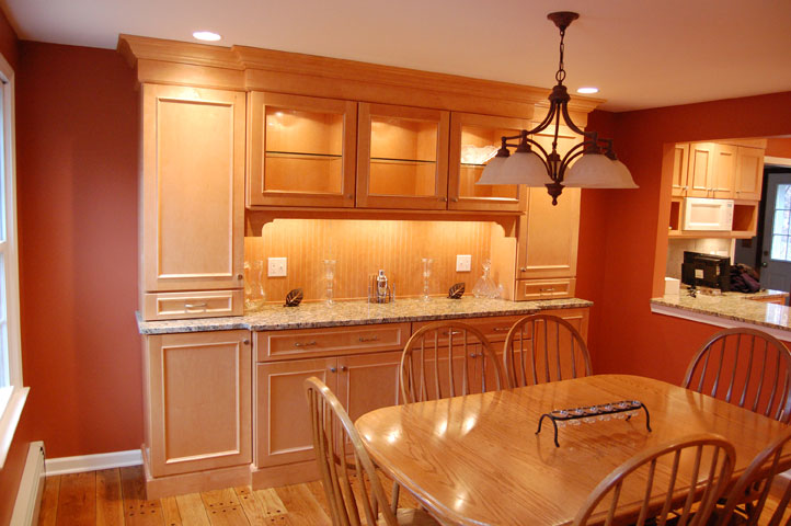Maple Cabinets -Granite Countertops « Maloney Contracting on Maple Cabinets With White Granite Countertops  id=13139