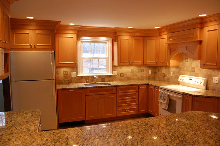 Maple Cabinets -Granite Countertops « Maloney Contracting on Maple Cabinets With White Granite Countertops  id=19015